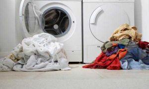 Как отстирать полинявшие вещи в домашних условиях