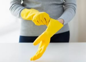 перчатки для обработки пятен от кофе