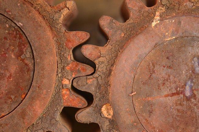 ржавые шестерни механизма тоже можно восстановить