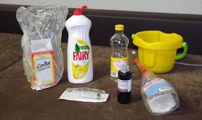 различные моющие средства помогающие отстирать кровь