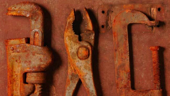 ржавый инструмент